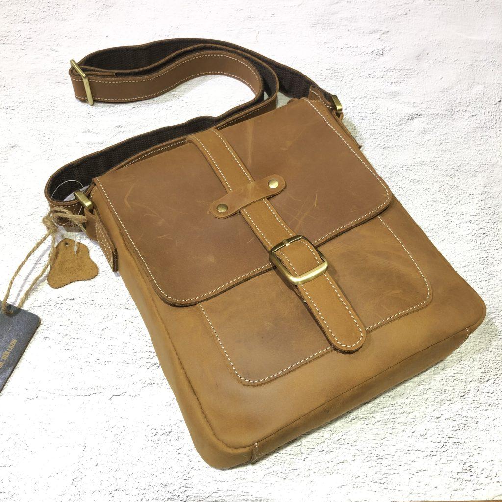 Túi da bò đeo chéo macbook 428 đơn giản lịch sự